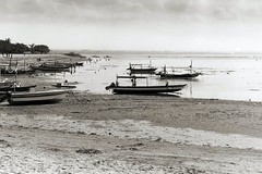 bali-boat (yanchep_mike) Tags: nikon f80 polypanf d76 sanur bali