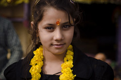 முகம் (Kals Pics) Tags: face portrait eyes kasi varanasi uttarpradesh banares india girl kid life people travel faith belief sacred holy divine spiritual happiness smile culture tradition garland flowers incredibleindia kashi benares beauty happy pooja flowerscolors divineindia kalspics lightandlife