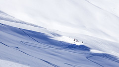 making a kicker (Yograf) Tags: snowboard snow arèches beaufort alpes savoie montagne freeride freeski frenchalps