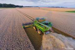 Harvest 2016 (Mat Bonaventure) Tags: harvest 2016 barley wheat corn landscape france john deere drone