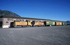 Back to Back at Big Four (jamesbelmont) Tags: railroad train usa utah uprr sw10 freight distribution beer