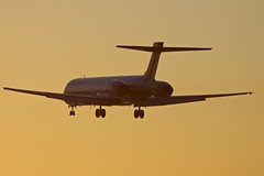 Maddog at sunset (nxgphotos) Tags: bostonloganairport deltaairlines mcdonnelldouglasmd90 sunset