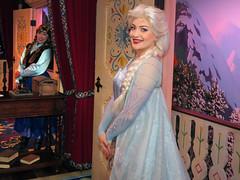 Elsa (and Anna) (meeko_) Tags: elsa queen queenelsa anna princess princessanna snowqueen frozen characters disneycharacters royalsommerhus norway worldshowcase epcot themepark walt disney world waltdisneyworld florida