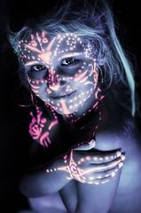 Eden (La Gibouille) Tags: new pink original portrait cute art smile studio paint child sweet body expression lumire uv tribal fluorescent blacklight lovely noire phosphorescent cratif corporel gibouille