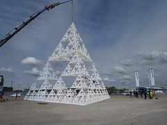Kolossen i Frihamnen (Eva the Weaver) Tags: göteborg sweden geometry gothenburg mathematics fractals sierpinski frihamnen sierpinsky vetenskapsfestivalen