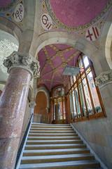 Alternate Staircase (Glenn Shoemake) Tags: barcelona hospitalsantpau canonef1635f28lii
