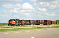 CN_9500_ (Mike Head - Jetwashphotos) Tags: canada cn ab alberta freight locomotives hinton freighttrain westerncanada 9527 9581 locomotive9527 hintonarea locomotive9581