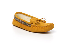 SH798INDIANTAN (Sheepskin And Things) Tags: canada kids womens childrens moccasins tecumseh mukluks