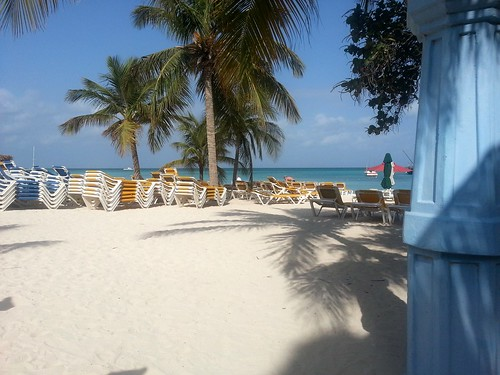 Pre-setup on Palm Beach Aruba