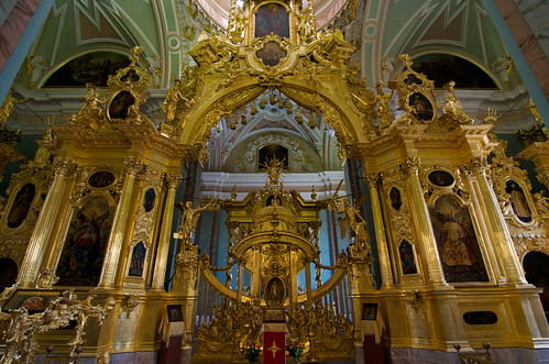 Inside Peter and Paul Cathedral/  ©  Still ePsiLoN