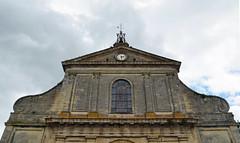 Upper façade of the church at Castillon-la-Bataille (Monceau) Tags: france façade castillonlabataille églisestsymphorien