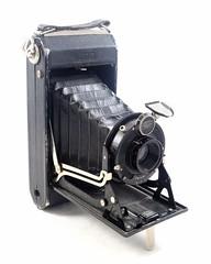 Zeiss Ikon, Ikonta 520/2 (Ikonta C) (Allemagne, 1933) (Cletus Awreetus) Tags: camera vintage lens shutter zeissikon ikonta gauthier folding objectif agc novar 5202 soufflet appareilphotographique derval obturateur appareilpliant