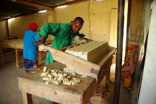 The Somaliland meat development association (SOMDA) makes soap and jewellery from animal waste.