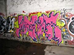 DEDW8 (DOGLOST) Tags: graffiti urbanart spraypaint qrs dedw8