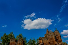 (McQuaide Photography) Tags: holland building castle netherlands architecture canon eos ruins ruin nederland dslr ruined gebouw kasteel santpoort oldcastle ruïne 100d santpoortzuid ruïnevanbrederode kasteelbrederode castlebrederode mcquaidephotography