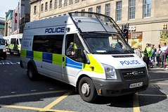 Close-up of NA63 ACJ, a Northumbria Police Ford Transit. (Raymondo166) Tags: city backup english ford closeup newcastle during march photo support no centre protest lot police northumbria transit through protection reg defence league protestors 140 providing livery rwd edl t460 liveried