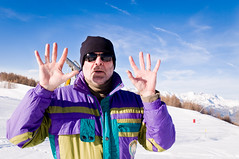 Hold up (Bomboclack) Tags: winter portrait snow ski alps cold station montagne alpes photo nikon dad skiing image altitude hiver father pic fir neige padre moutain froid picutre sapin piste firtree pre morzine d90 18105mm