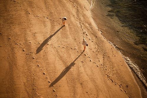 'Searching for Seashells', Portugal, Alg by WanderingtheWorld (www.ChrisFord.com), on Flickr