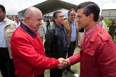 JCML2269_JUAN CARLOS MORALES (Mi foto con el Presidente MX) Tags: presidente mxico mi foto carretera el julio con cuautla 2014 inauguracin mifoto chalco ixtapaluca enriquepeanieto peanieto epn presidencia20122018 distribuidorvialentronque