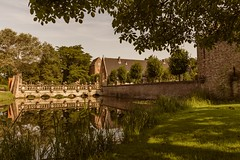 (McQuaide Photography) Tags: holland reflection water netherlands architecture canon eos europe nederland wideangle heemstede dslr uwa wideanglelens ultrawideangle 100d 1018mm hetoudeslot mcquaidephotography slotheemstede