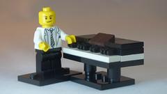 Brick Yourself Custom Lego Keyboard Piano