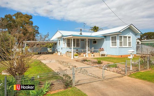 27 Wilburtree Street, Tamworth NSW 2340