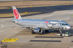 NIKI / D-ABHF / Airbus A320 / EDDL-DUS / © (RVA Aviation Photography (Robin Van Acker)) Tags: planes trafic airlines avgeek airliner outdoor airplane aircraft vehicle jetliner jet jumbo air photography aviation aviationphotography düddeldorf airport