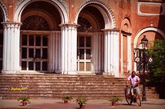 Milkman (Joy lens) Tags: milkman india history cycle palace