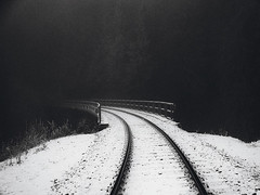 Turn (JíťaUtlänning) Tags: blackandwhite snow winter railway dark czechrepublic monochrome road krusnehory erzgebirge oremountains
