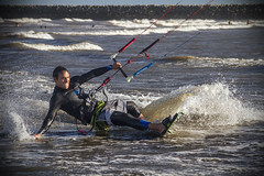 Kitesurfing 2 (Dj_morex) Tags: kitesurfing kiteboard kite kites surfing playaunion rawson chubut patagonia watersport sport ocean sea south southatlanticocean playa beach board wave waves efs18135mm f3556 is efs18135mmf3556is