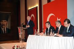 ISTANBUL 3 BOLGE MUHTARLARIYLA BULUSMA (FOTO 1/2) (CHP FOTOGRAF) Tags: siyaset sol sosyal sosyaldemokrasi chp cumhuriyet kilicdaroglu kemal ankara politika turkey turkiye tbmm meclis muhtarlar istanbul beylikduzu 3bolge