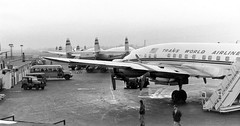 Chicago Midway Airport - TWA - Lockheed Constellation (twa1049g) Tags: chicago midway airport ramp scene twa lockheed constellation 1960
