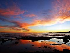 Reflejo en la orilla (Antonio Chacon) Tags: andalucia atardecer marbella málaga mar mediterráneo costadelsol cielo españa spain sunset sol nubes nature naturaleza puestadesol paisaje agua orilla