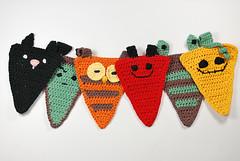 Banderines halloween (La Borda del Crochet) Tags: amigurumis ganchillo dropssafran algodón crochet handmade banderines halloween