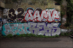 T32 / Samp / Debt / Reks (Alex Ellison) Tags: urban graffiti chrome sample halloffame graff 32 hof tgs debt crouchhill reks samp parklandwalk northwestlondon opd t32 temp32 tracksgetsmashed