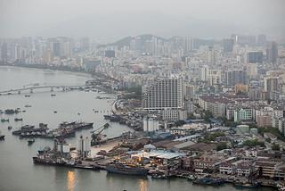谁会点燃中国经济火药桶?