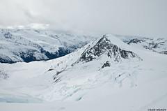 DSC_2154 (sammckoy.com) Tags: expedition spring skiing britishcolumbia glacier pemberton manateerange voc coastmountains skimountaineering wildplaces lillooeticefield mckoy skitraverse chilkolake sammckoy stanleysmithdivide samckoy samuelmckoy