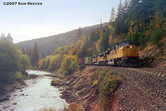 Up the Canyon (samreevesphoto) Tags: unionpacific sacramentoriver dunsmuir