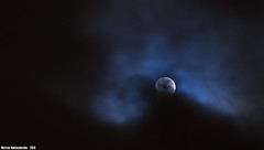 Chiaro di Luna (Matteo Nebiacolombo) Tags: light moon night nuvole luna genova moonlight luci notte luce moonshine chiarodiluna lunaenuvole