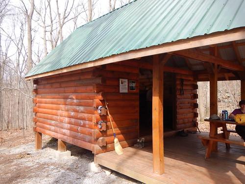 DSCN0190 37 Shelter