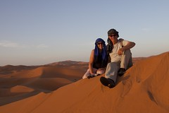 The mrs and me , incognito on dune top (dirk huijssoon) Tags: africa desert northafrica islam morocco marokko nkc campertour camperreis nkcrondrit rondritmarokko20144 nedrlandsekampeerautoclub camperreismarokko nkccampertout nkcreis