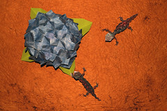 Hydrangea and Lizard (Toshikazu Kawasaki) (De Rode Olifant - slow - due to hand-surgery) Tags: flower paper paperart 3d origami lizard hydrangea papier papiroflexia diagrams kraftpaper paperfold toshikazukawasaki papierkunst papiervouwen sharingart origamidreamworld marjansmeijsters