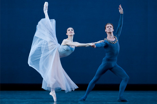 Marianela Nuñez and Rupert Pennefather in Serenade © ROH / Johan Persson 2008