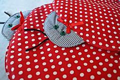 Jogo americano (Sálua S.) Tags: embroidery artesanato manual jogo trabalho presente joaninha americano tecido bordado bordada enxoval