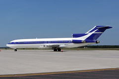 B727-2.N17773-8 (Airliners) Tags: private corporate iad published boeing magazines 727 coloradorockies b727 boeing727 n17773 b7272 airlinerworld monfortaviation 63014 elanexpress
