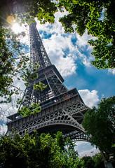 El Eiffel Tower (benjafooli) Tags: city travel paris eiffeltower landmark