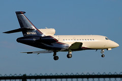N375SC at KLUK (Lunken Spotter) Tags: ohio plane airplane corporate flying airport cincinnati aviation airplanes flight corporation landing business falcon planes oh arrival airports aviao approach flugzeug runway municipal avion airfield luk arriving queencity finalapproach falcon900 dassault bizjet kluk lunkenairport businessjet cincinnatiairport corporatejet falcon900ex dassaultaviation f900 lunkenfield cincinnatimunicipalairport dassaultfalcon dassaultfalcon900ex southwestohio vliegtug ohioaviation cincinnatilunkenairport n375sc steelcasefinancialservicesinc