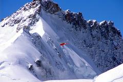"""""""Would you mind going up?"""" (Jungfraujoch, Switzerland) (armxesde) Tags: schnee red snow mountains schweiz switzerland rocks pentax berge helicopter jungfraujoch interlaken k5 hubschrauber"""