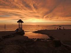 Praia os Mortos, Puerto Vallarta (Metufer) Tags: ocean sunset beach skyline sunrise mexico atardecer jalisco playa amanecer beaches puertovallarta cloudporn pacifico playas mexicanbeach elcaballito skyporn mexicanbeaches pacificomexicano marinapuertovallarta