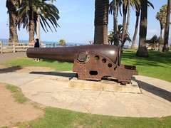Another cannon at the park (JJP in CRW) Tags: california route66 pacific santamonica artillery